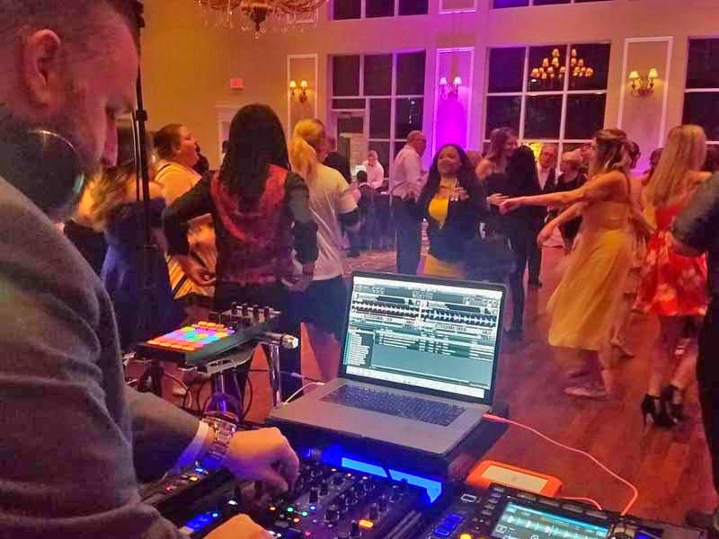 Mixology DJ Jim Veikos